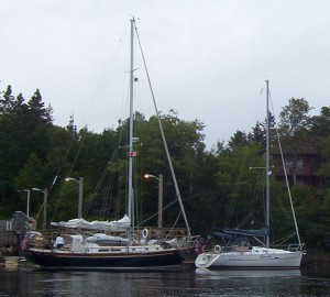The Mason 44 next to our Beneteau 323 before leaving Liscombe Lodge